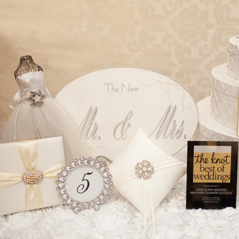 Set of white and silver wedding decorations.