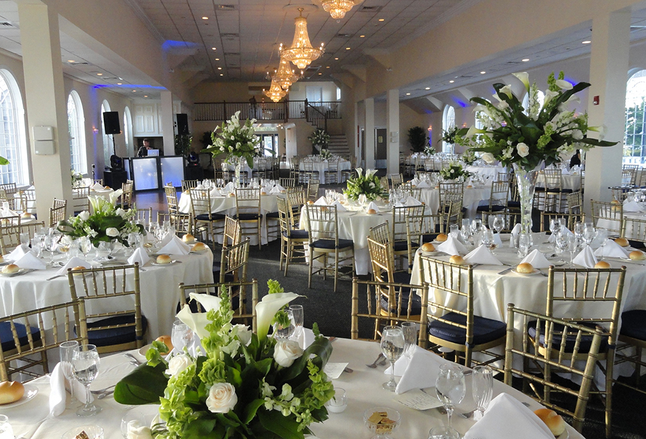 The Bayview House At Captain Bills Longisland Wedding Reception