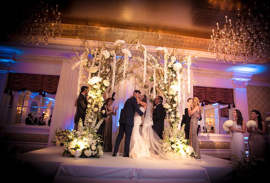 Long Island Wedding Reception Locations The Garden City Hotel Image 2
